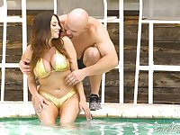 Colombian goddess Ariella Ferrera hooks up with hot blooded J Mac